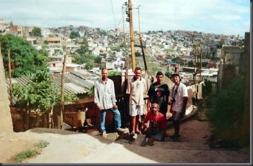 Urbenauta - commoradoresdafaveladoburacodosaponocapaoredondo