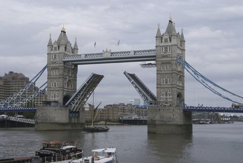 2010-07-07 - London Bridge (16) - Reduzida
