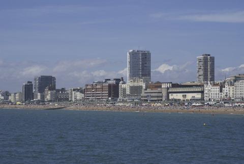 2010-07-11 - Brighton (82) - Reduzida