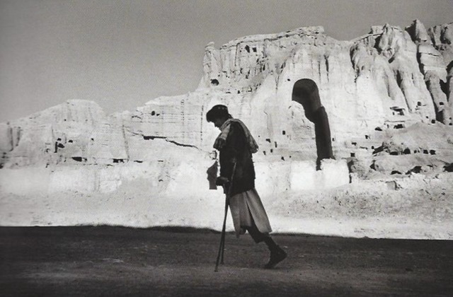 The Photographers Vision - Michael Freeman - P18 - Bamiyan, 2003, Seeamus Murphy